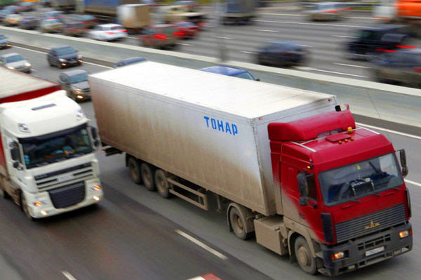 Запрет на въезд грузового транспорта на Московскую кольцевую автомобильную дорогу