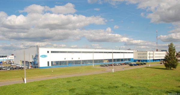 Завод расположен всего в десяти километрах от города Минск в д.Обчак